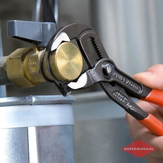 Высокотехнологичные сантехнические клещи Cobra KNIPEX KN-8702180TBK