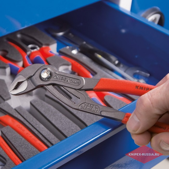 Набор инструментов KNIPEX KN-002001V17