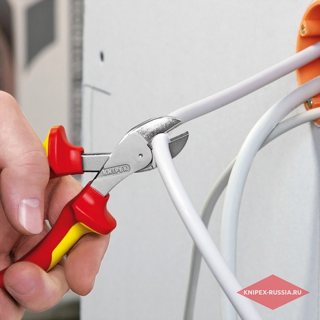 Кусачки со страховочным креплением X-Cut® KNIPEX KN-7305160T